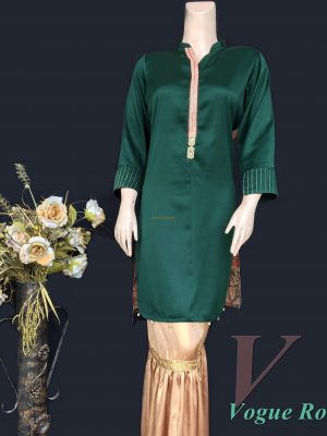 Vogue Robe Festive Collection - Gothic Green