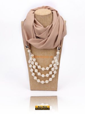 Women scarf with Necklace